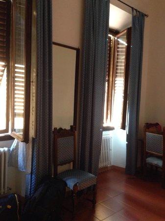 Hotel Cristina : В номере с удобствами.