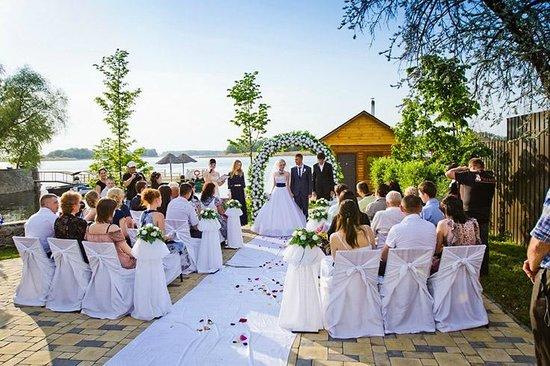 Свадьба на базе отдыха