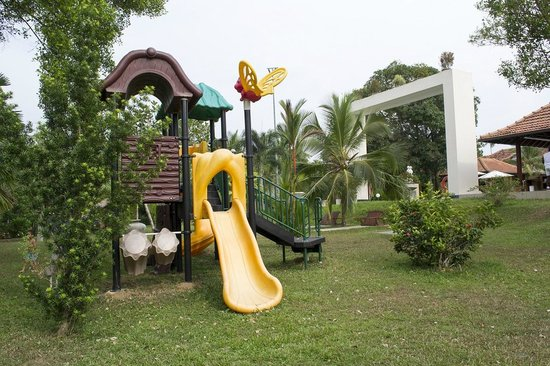 Cocoon Resort & Villas: Play area