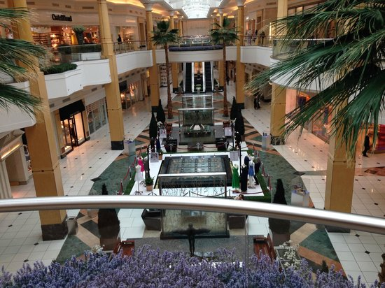 Troy, Μίσιγκαν: Sunset mall - AVM