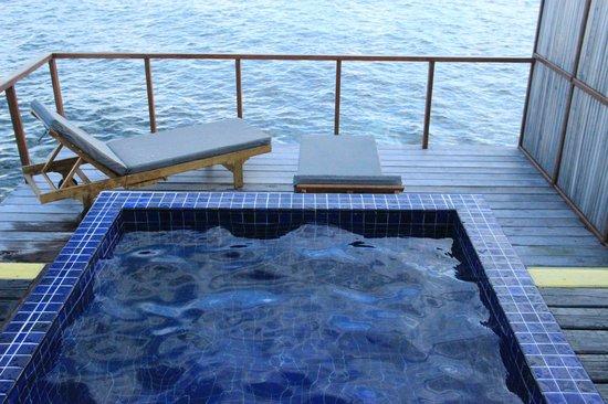 Adaaran Prestige Vadoo: plunge pool