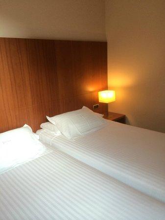 Acevi Villarroel: belle chambre