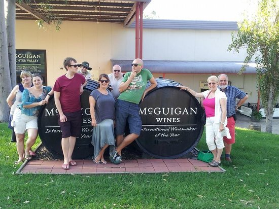 Tex Tours Day Tours: Outside McGuigan's