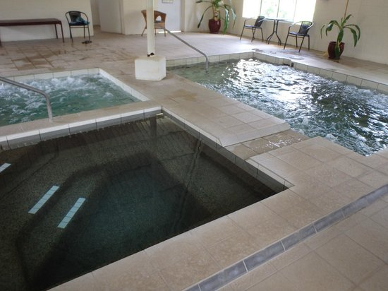 Innot Hot Springs Health and Leisure Park: Spa Pools