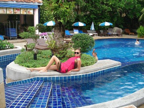 The Royal Paradise Hotel & Spa : Бассейн
