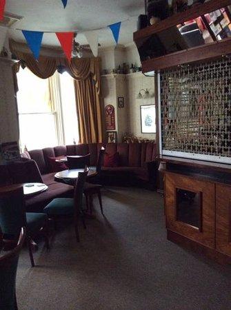 The Marlborough Hotel: Bar area