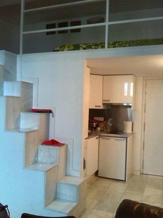 Apartamentos puerta del sol rastro bewertungen fotos for Puerta del sol apartamentos