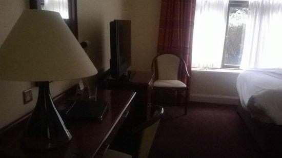 Kenmare Bay Hotel & Resort : Bedroom