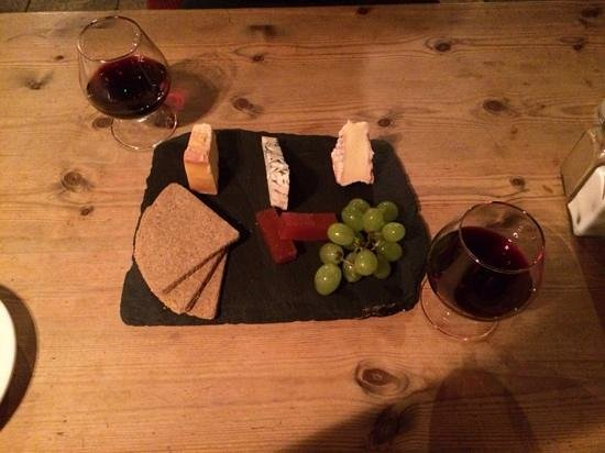 The George: cheese and port