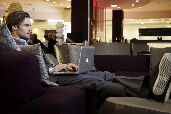 Clarion Hotel Arlanda Airport: Living Room