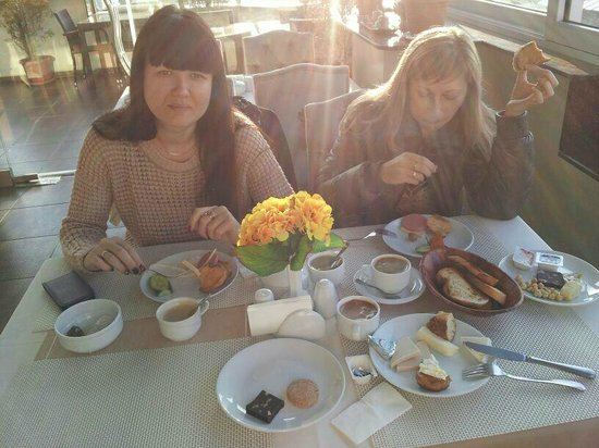 Ferman Sultan Hotel: Завтрак на террасе