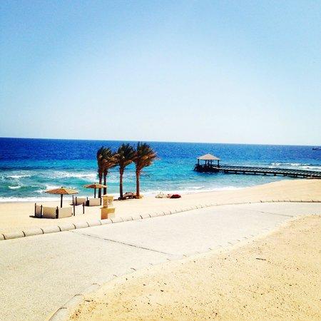 The Oberoi Sahl Hasheesh : The beach