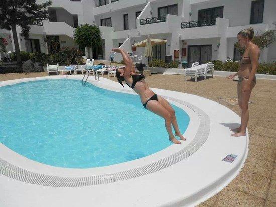 Lomo Blanco Apartments: Small pool