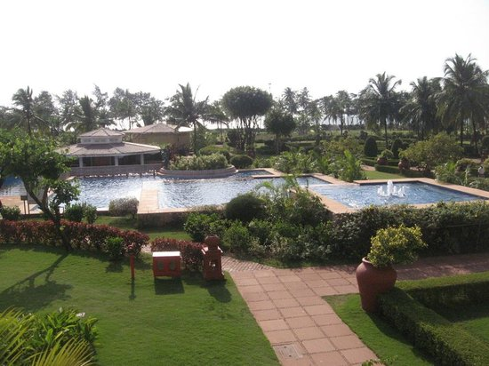 The LaLiT Golf & Spa Resort Goa : View from the room