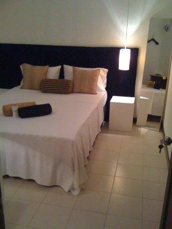 CJ Villas : Standard Double Room