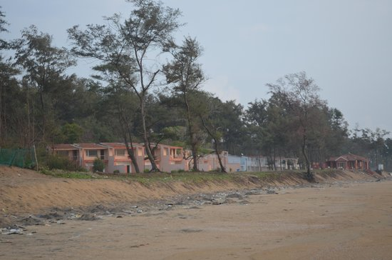TTDC Hotel Mamallapuram : Long shot of the rooms