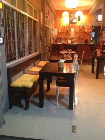 Paris - Restaurant & Bar: Le Paris