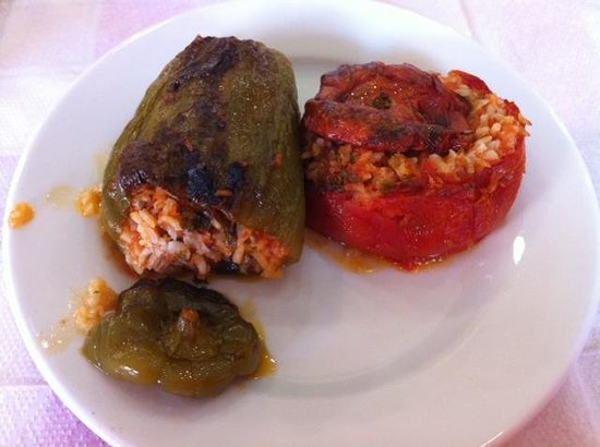 To Kati Allo - Stuffed tomatoes and green peppers