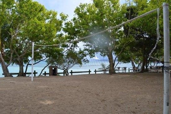 L'Escapade Island Resort : volleyball lots space for the island..