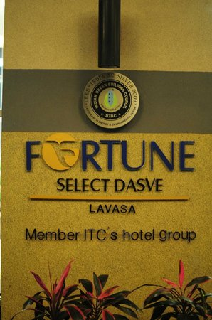 Fortune Select Dasve, Lavasa: At the entrance
