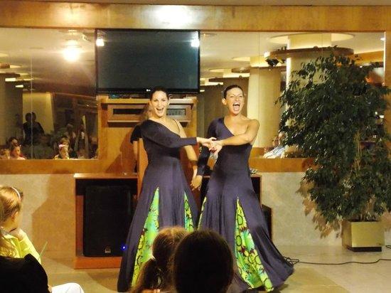 Sumus Hotel Monteplaya : Шоу фламенко по вечерам