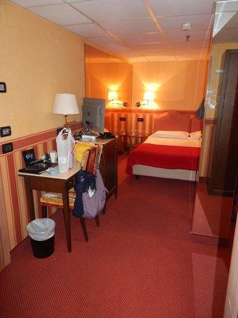 Hotel Tritone: camera x intero