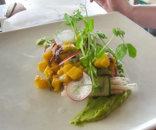 El Pez: Tulum salad