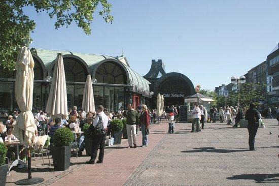 Mövenpick Hannover Kröpcke: Außenansicht