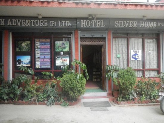 Hotel Silver Home: 外見
