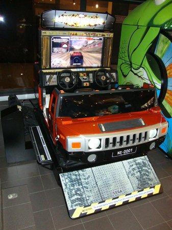 Lunapark Reflex : Moving HUMMER