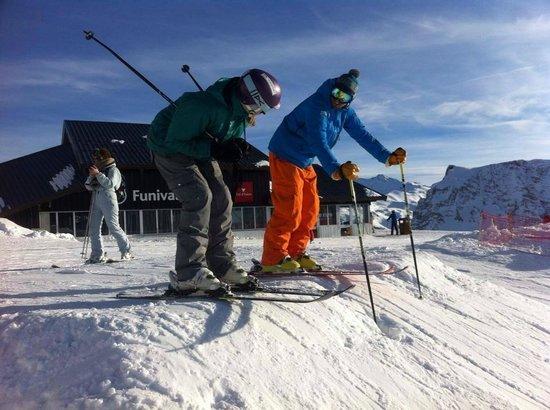 Ultimate Snowsports Tignes: Clare racing down OK Orange
