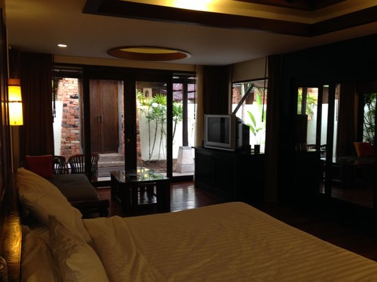 Railay Bay Resort & Spa: room
