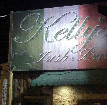 kellys-irish-bar
