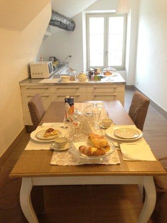 La Superba Rooms & Breakfast : colazione curata nei dettagli