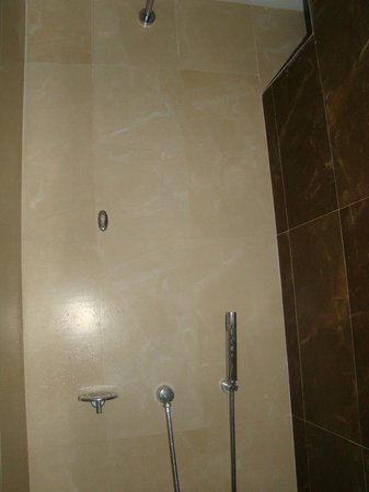 Las Brisas Huatulco : bathroom