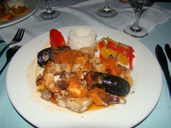 Las Brisas Huatulco : food
