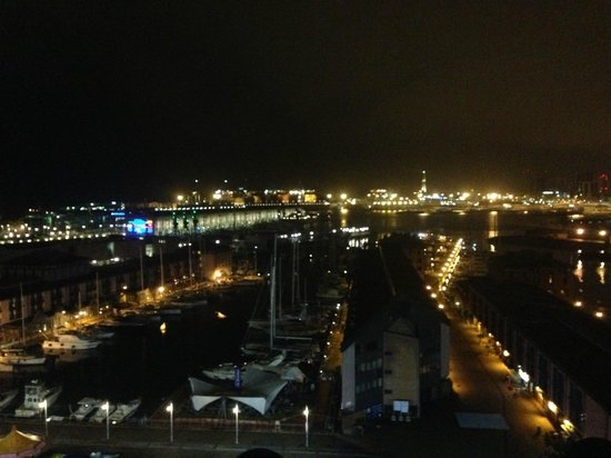 La Superba Rooms & Breakfast: vista sul porto