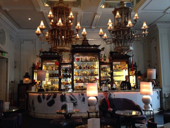 The Langham, London : Beautiful bar area