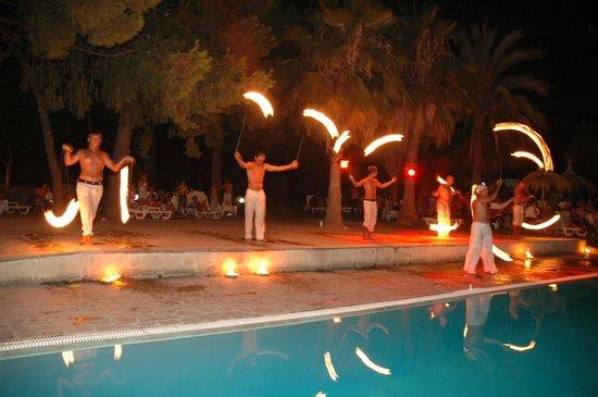 Giochi di fuoco picture of villaggio giardini d 39 oriente - Villaggio giardini d oriente nova siri ...