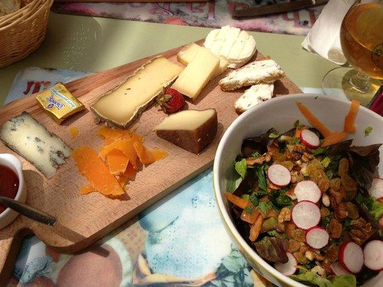 L'Oeil de la Gazelle : planche de fromage et sa salade estivale