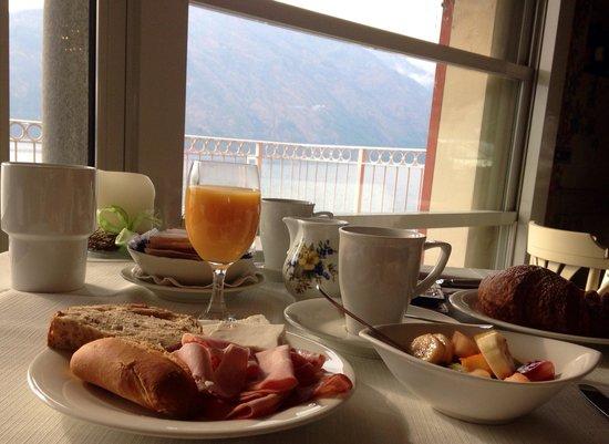 Hotel La Darsena: Breakfast