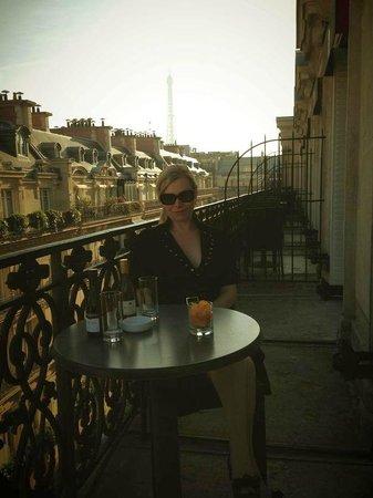 West-End Hotel: geräumiger Balkon mit Blick auf Eifel