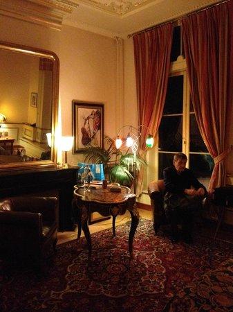 Seven Bridges Hotel : our room night