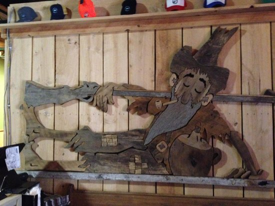 Mountain State Brewing Company: Cute entrance carving