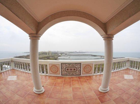 Villar: The view from the third floor deck.  Wonderful!