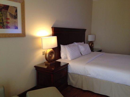 Concorde Hotel Doha: Room