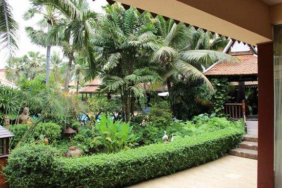 Apsara Angkor Resort & Conference: le jardin