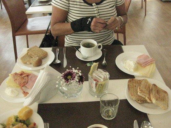 Intercity Montevideo: Nuestra mesa de desayuno