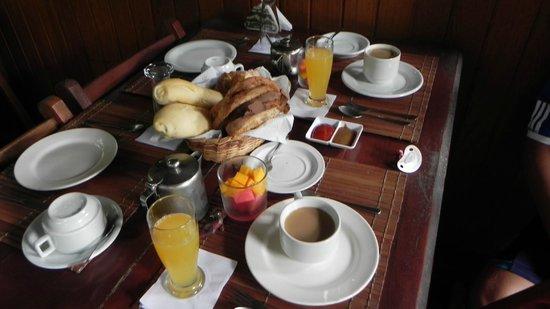 Pousada Aquarela: Desayuno único!