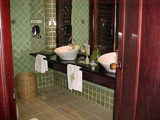 Angkor Village Resort: la salle de bains